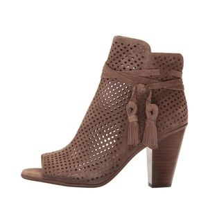 Vince Camuto Kamey Booties 8.5